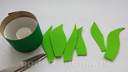поставка под яйцо бумага и фоамиран 02