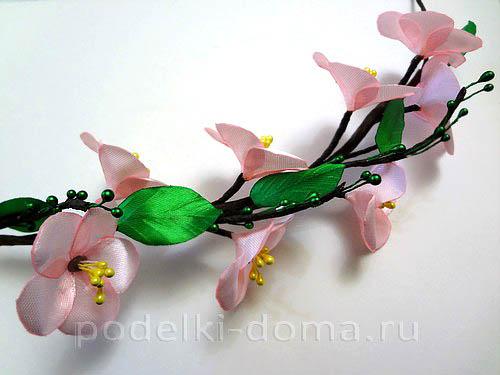 venok na golovu yablonevy cvet10