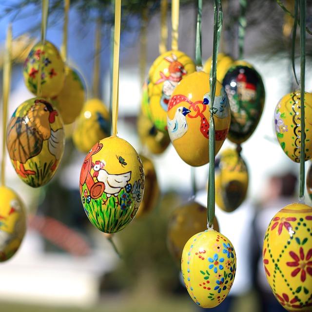 easter-eggs-2133362_640