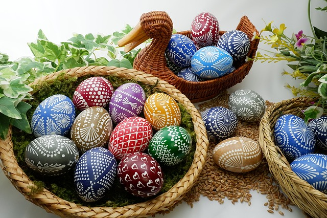 sorbian-easter-eggs-3149013_640