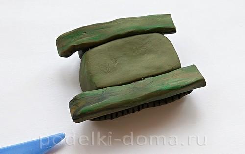 танк из пластилина 06