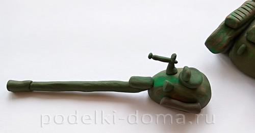 танк из пластилина 08