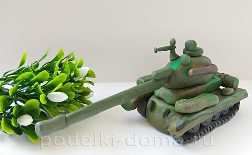 танк из пластилина 11