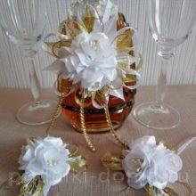 Украшение для бокалов и бутылки на свадьбу в технике канзаши