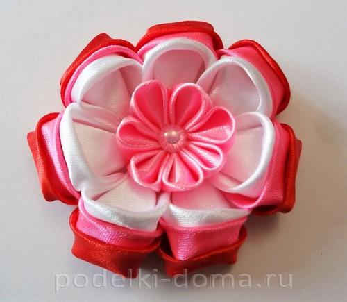 розовый цветок канзаши10