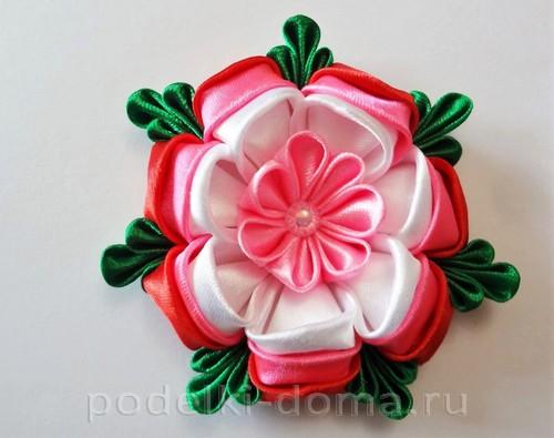 розовый цветок канзаши12