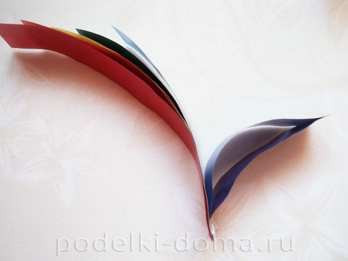 поделка радуга из бумаги 07
