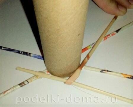 венок из бумажных трубочек03
