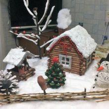 Новогодняя поделка «Домик в деревне»