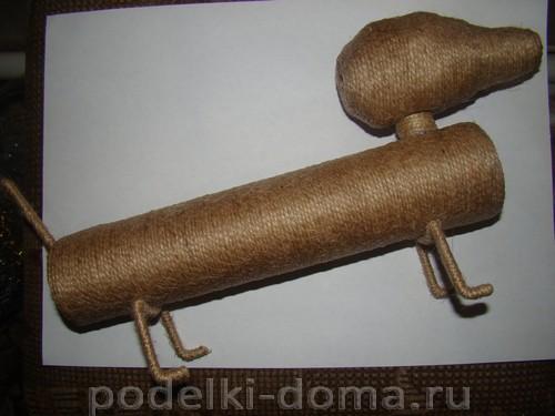 поделка собака такса4