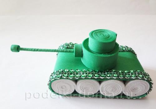 танк поделка 10