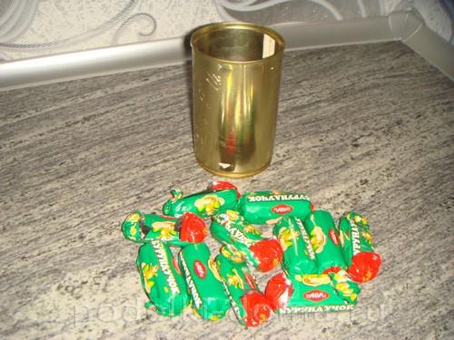 кружка из конфет 03