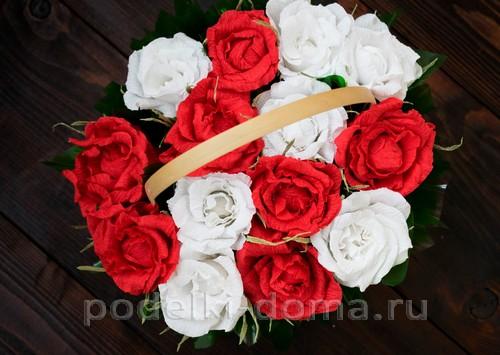 корзина роз из гофробумаги 45