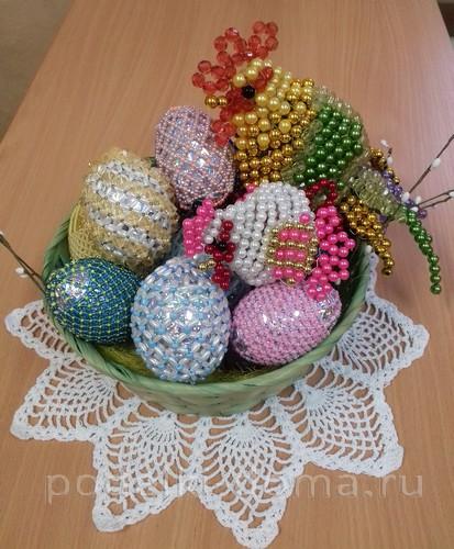 пасха яйца и петушок из бисера