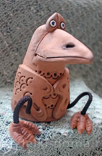 ворона из глины