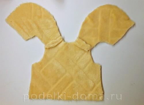 шьем жилет для куклы 03