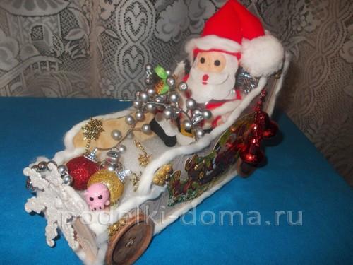 Дед Мороз в колеснице