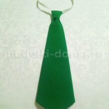 Шьем галстук на резинке