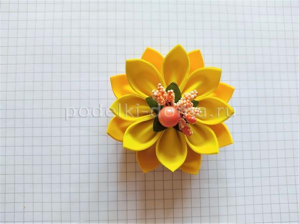 Осенний обруч с цветами из фоамирана