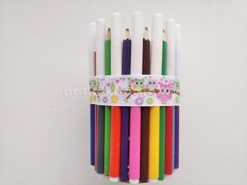 Вазочка-подставка из карандашей