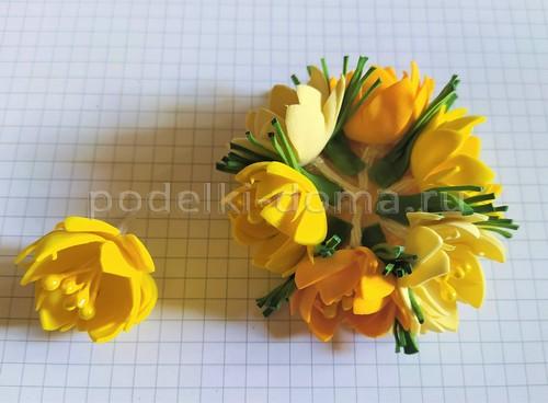 Осенние цветочки на резинке (фоамиран)