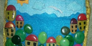 Панно из камней «Домики у моря»