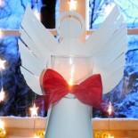 Ангел из бумаги, несущий свет