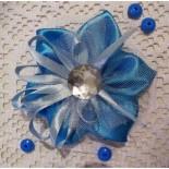Голубой цветок из атласных лент