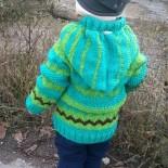Детская кофточка с капюшоном спицами (схемы и описание)
