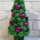 Новогодняя елочка из сизалевых шариков