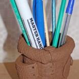 Стильная карандашница из глины