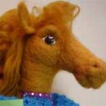 Лошадка — кукла на руку