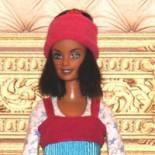 У кукол в моде триколор