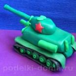 Поделки из пластилина к 9 мая: танки, истребитель и солдат