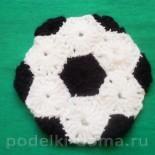 Аппликация для мальчика: мяч, машинка и другие (вязание крючком)