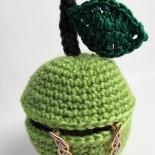 Шкатулка «Яблочко», вязаная крючком