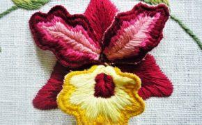 «Орхидея». Объёмная вышивка