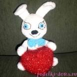 Олимпийский заяц с сердечком
